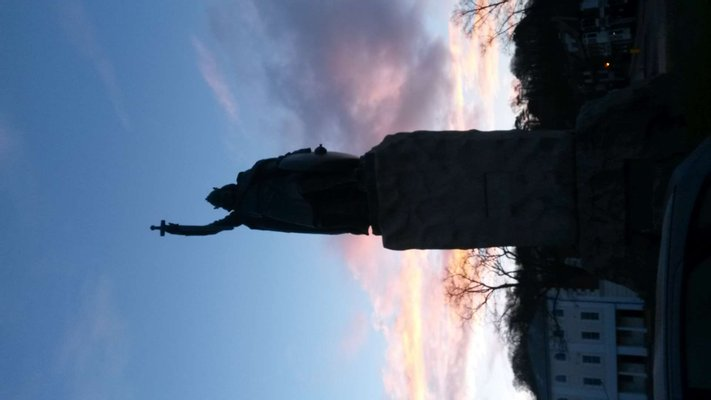 King Alfred the Great - Statue