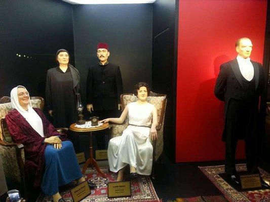 Eskişehir Büyükşehir Belediyesi Yılmaz Büyükerşen Balmumu Heykeller Müzesi