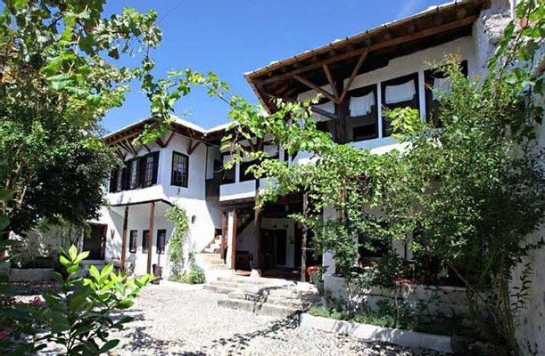 Kajtaz House