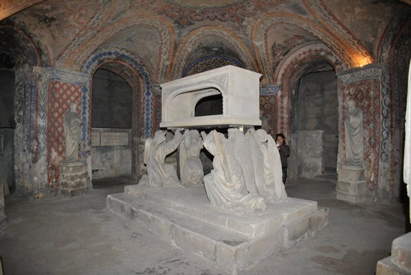 Crypte de la Basilique Notre-Dame