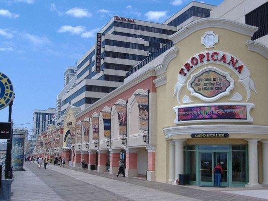 Swarovski at The Quarter at Tropicana Casino & Resort