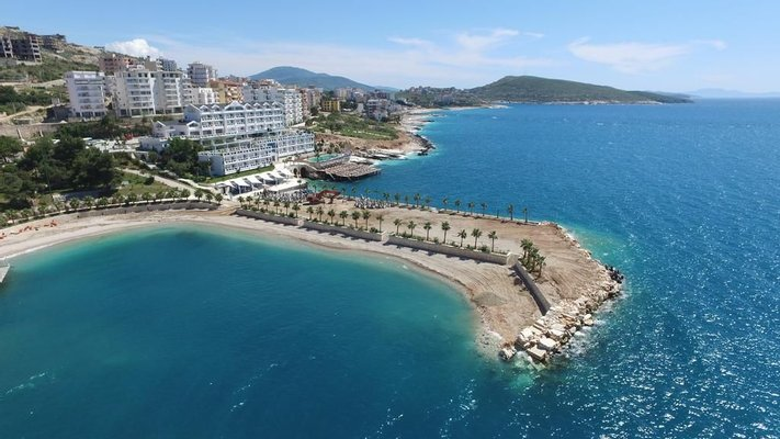 "Santa Quaranta ""Premium Resort"""