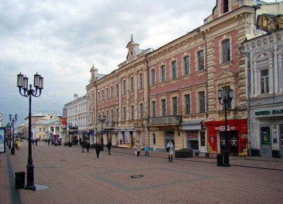 Bolshaya Pokrovskaya St