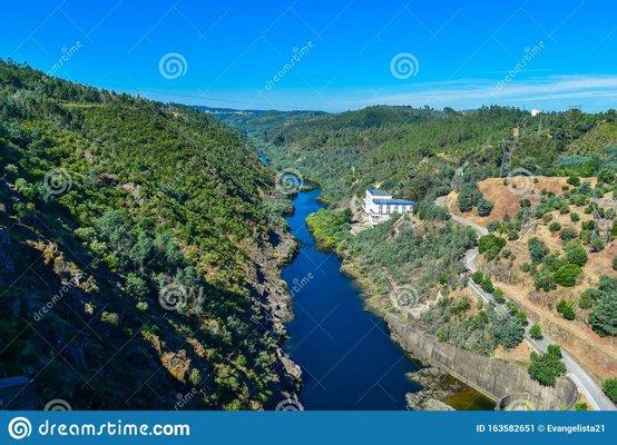 Dam of Castelo de Bode