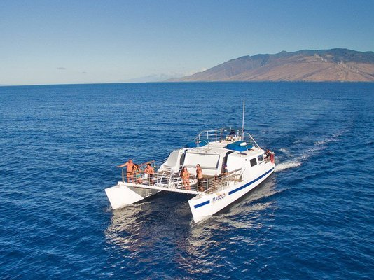 Malolo Molokini Snorkeling Tours