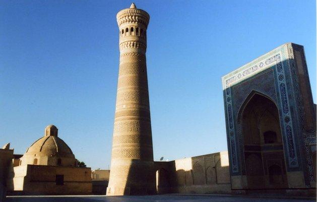 Kalon Minaret مناره کلان