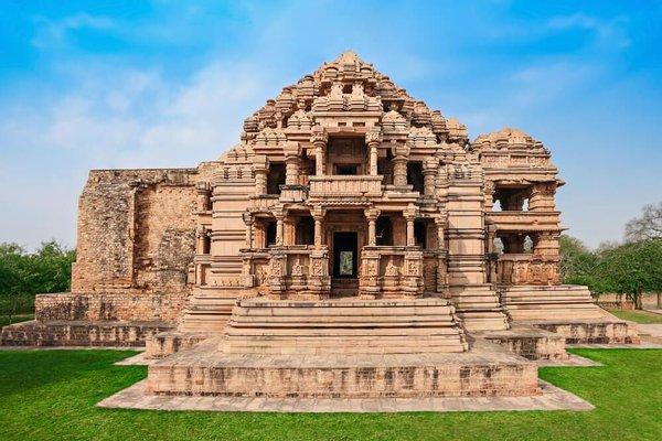 Sahastrabahu Temple