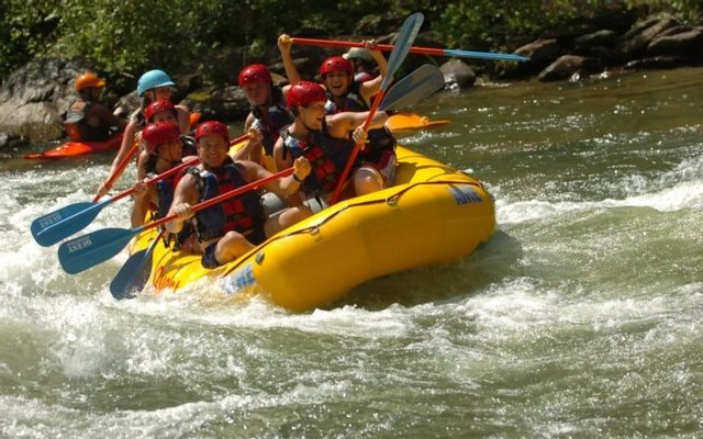 Quest Expeditions Ocoee River Whitewater
