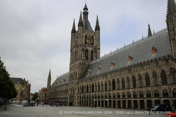 Holiday Home Ieper Market Square