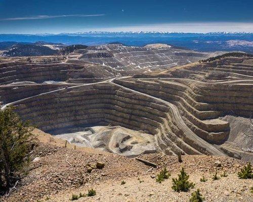 Gold Mine Tours Inc .