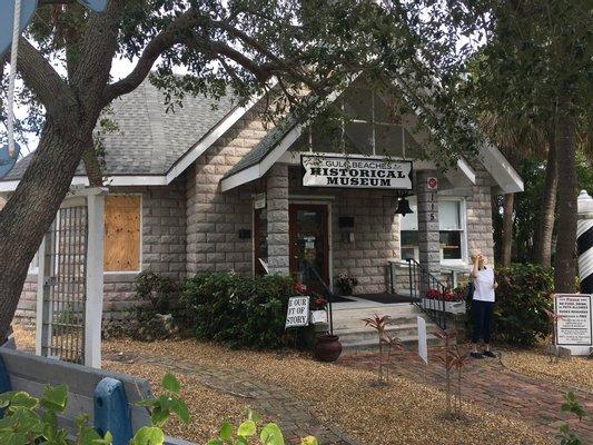 Gulf Beaches Historical Museum