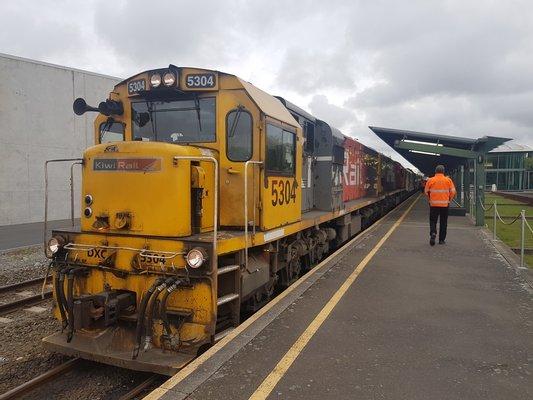 "TranzAlpine & Coastal Pacific ""Kiwi Rail"""