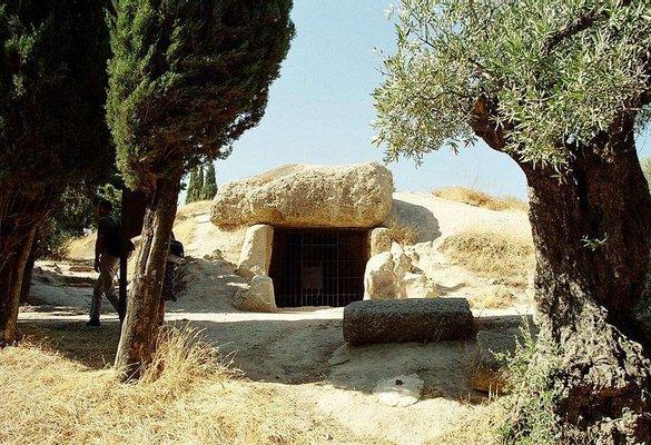 Dolmen de Menga