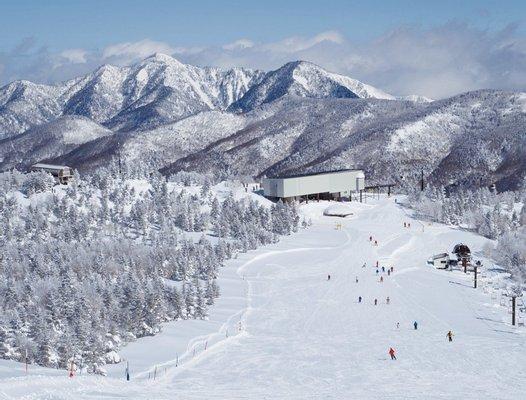 Okushiga Kogen Ski Resort