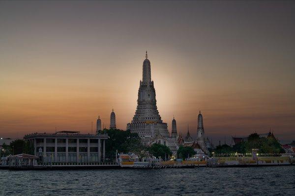 Wat Arun Ratchawararam Ratchaworamahawihan