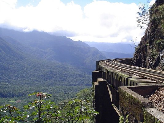 Estrada de Ferro Curitiba - Paranaguá
