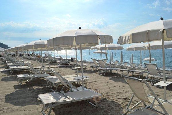 Bagni Vittoria Beach