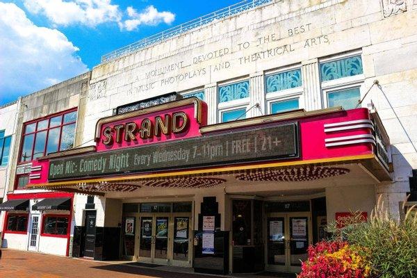 Earl and Rachel Smith Strand Theatre
