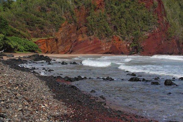 Kaihalulu Beach