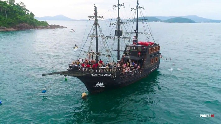 Capitão Gato - Escuna Pirata - Penha
