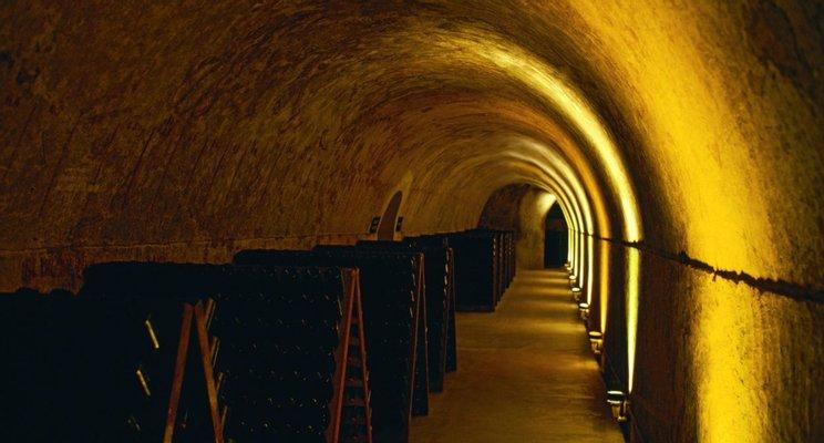 Maison Mumm Reims - Visites de caves et Boutique