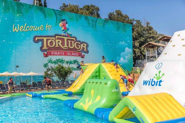 Tortuga Pirate Island Theme & Water Park