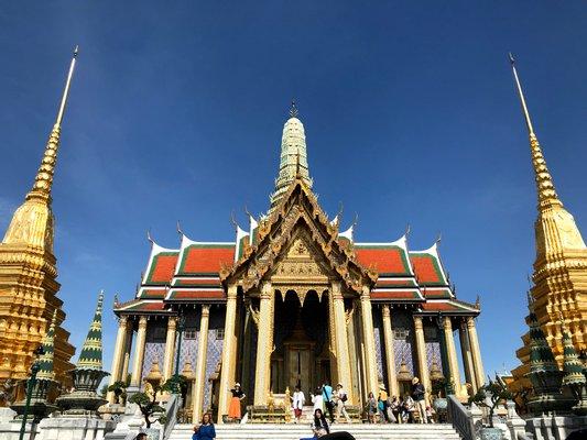 Temple of the Emerald Buddha - Wat Phra Si Rattana Satsadaram / Wat Phra Kaew