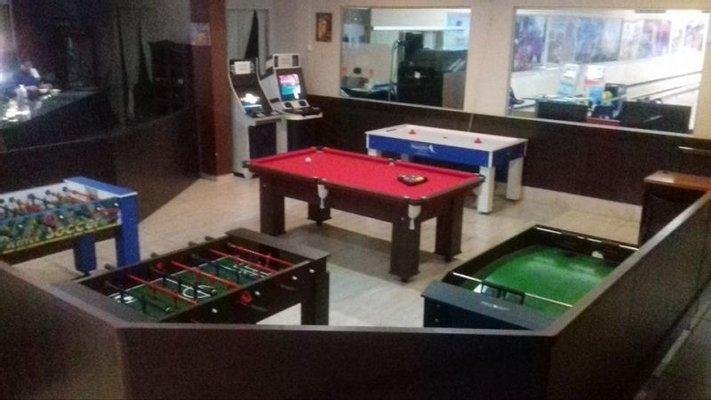 H2A Bar & Bowling