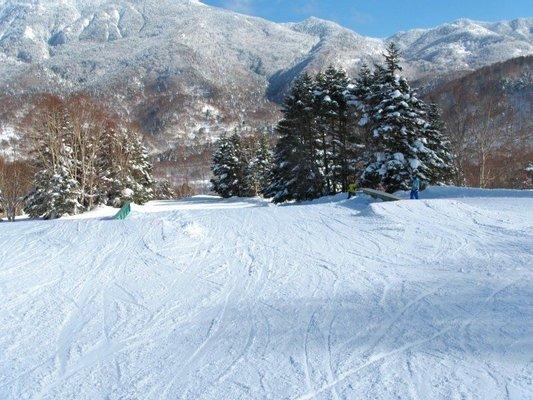 Yakebitaiyama Ski area