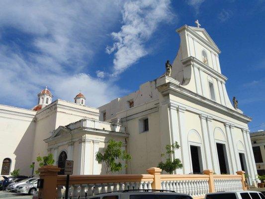 Catedral Basilica Menor de San Juan Bautista