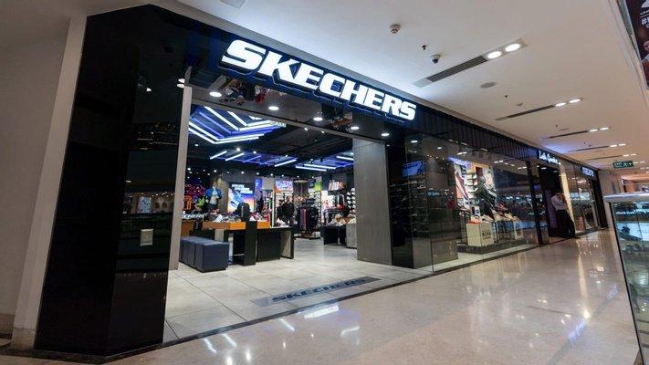 Skechers - DLF Mall of India, Noida