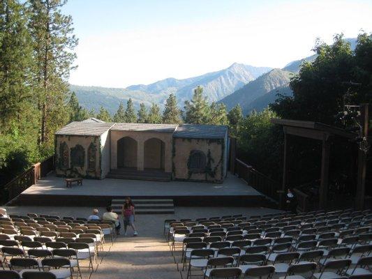 Leavenworth Summer Theatre