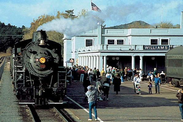 Grand Canyon Railway & Hotel
