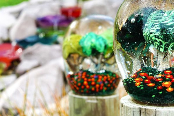 Lava Glass - Glassblowing Studio, Sculpture Garden, Art Gallery, Café