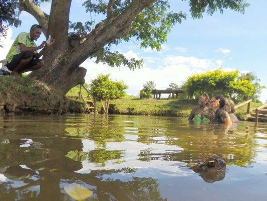 Tifajek Mud Pool & Hotspring